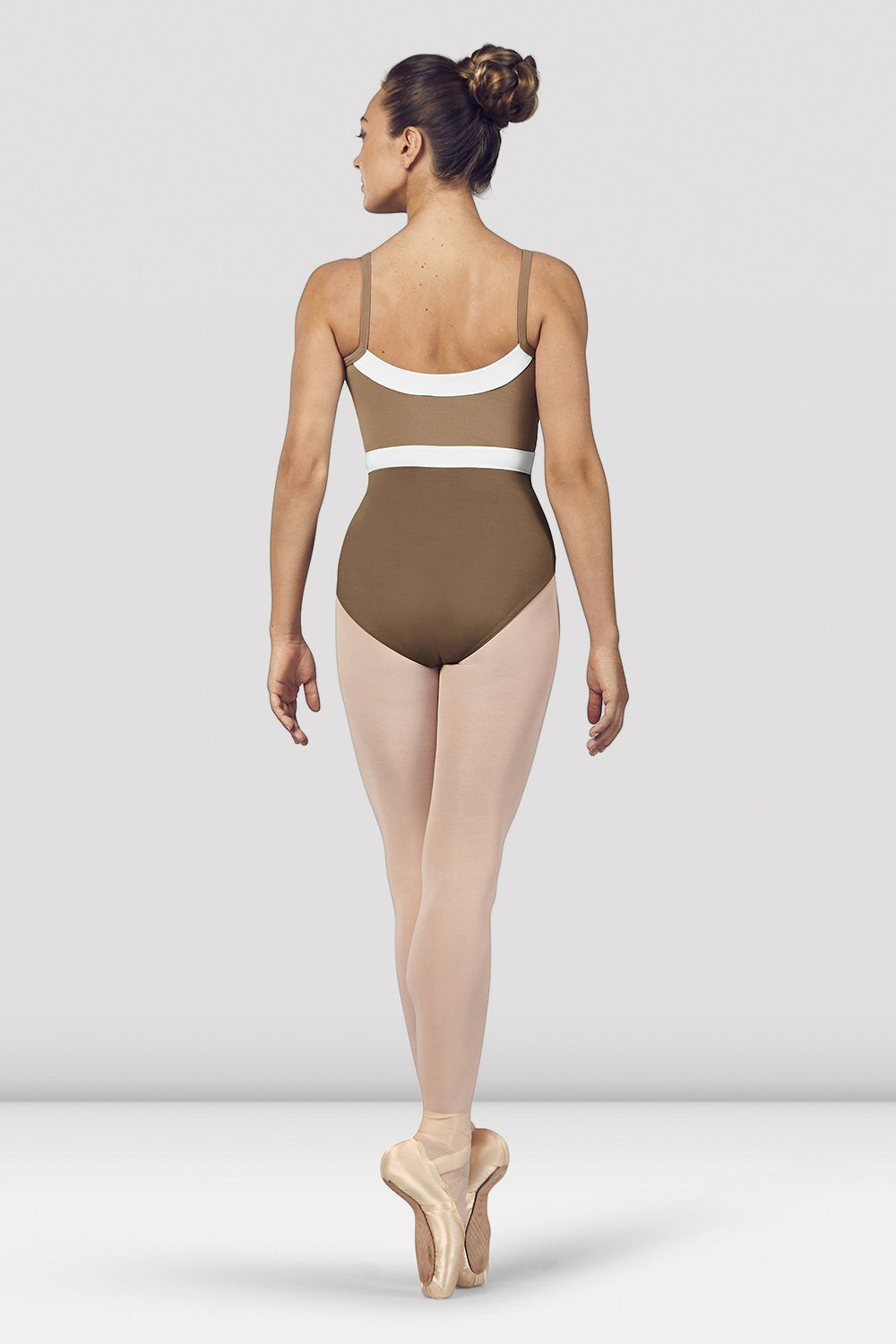 Praline Bloch Ladies Amora Camisole Leotard on female model en pointe in fifth position facing back
