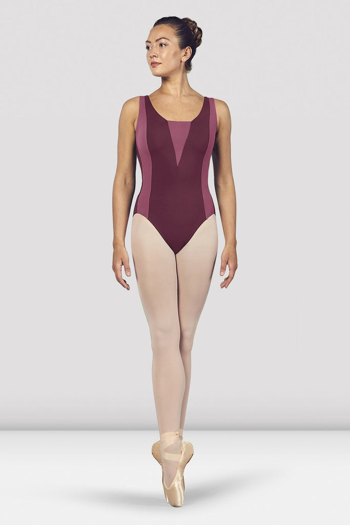 Dewberry Bloch Ladies Esrah Open Back Tank Leotard on female model en pointe in fifth position