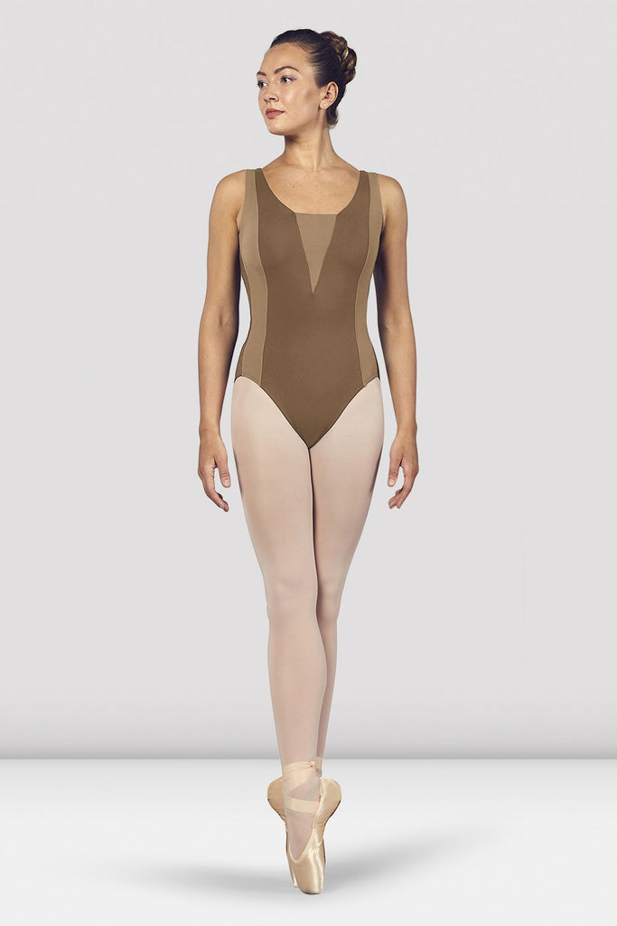 Praline Bloch Ladies Esrah Open Back Tank Leotard on female model en pointe in fifth position facing back