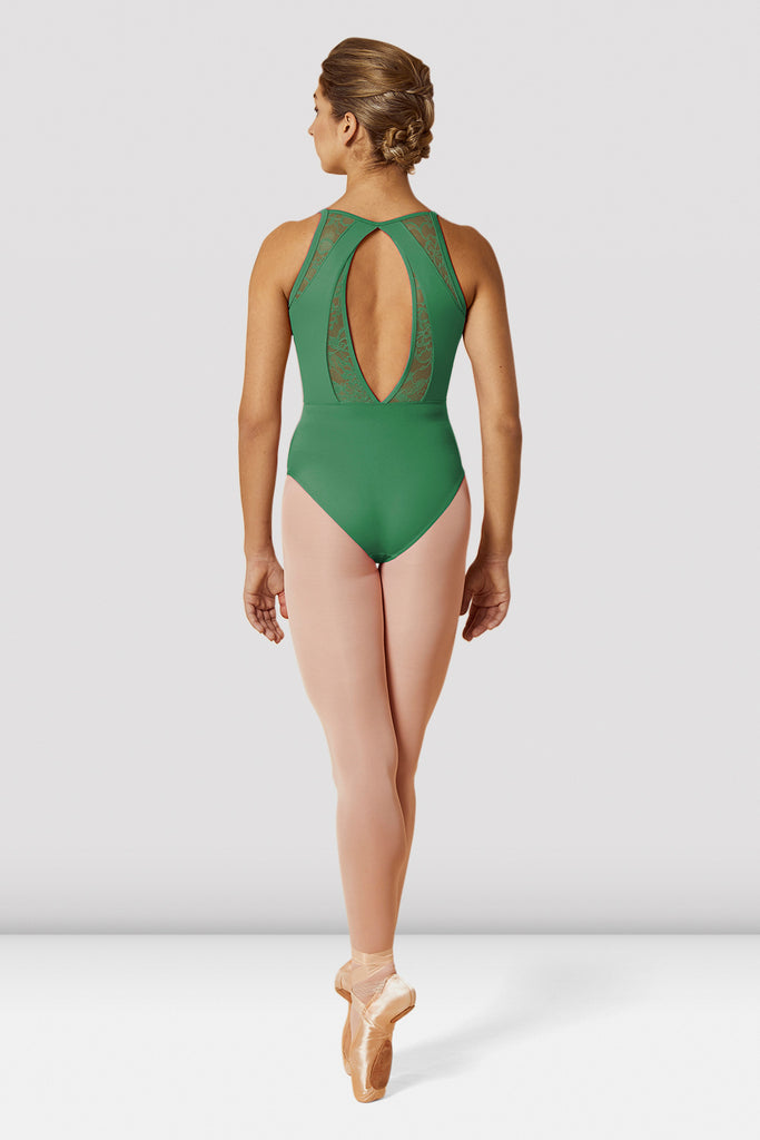 Amazon Bloch Ladies Open Back Lace Camisole Leotard on female model en pointe in fifth position facing back