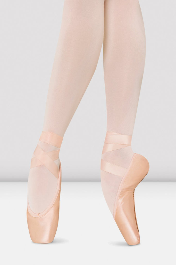 Pink satin Bloch Amelie Soft Pointe Shoes on foot in fourth position en pointe