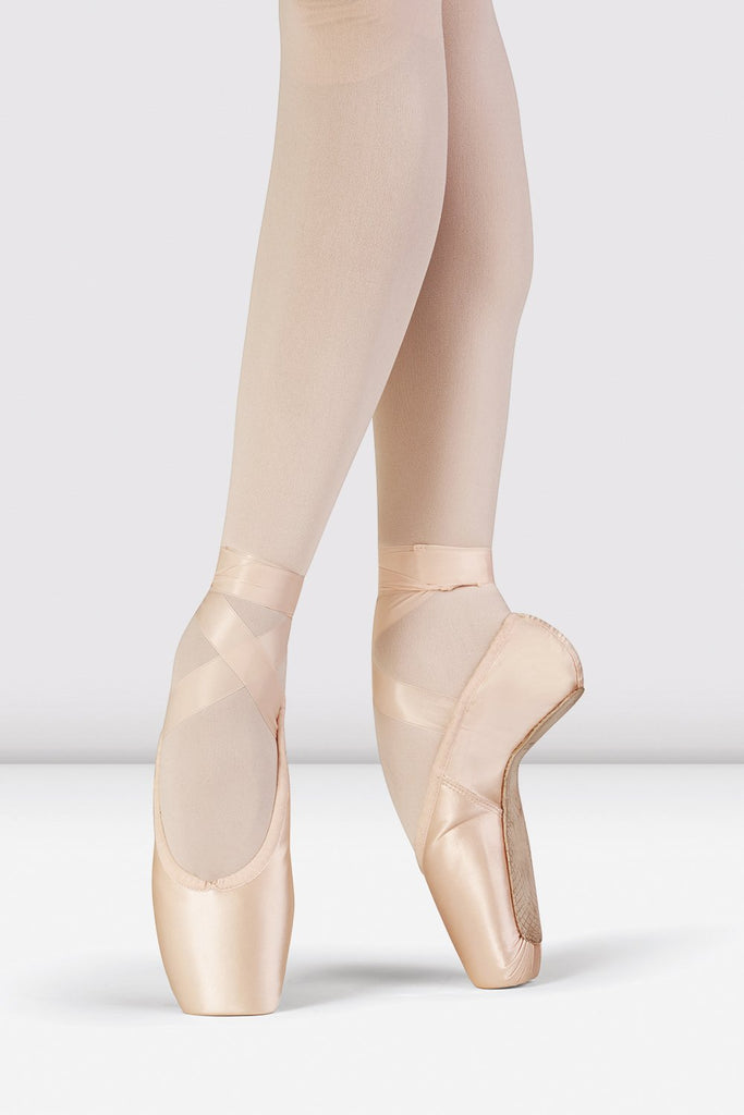 Pink Satin Bloch Grace Pointe Shoes on foot in fourth position en pointe