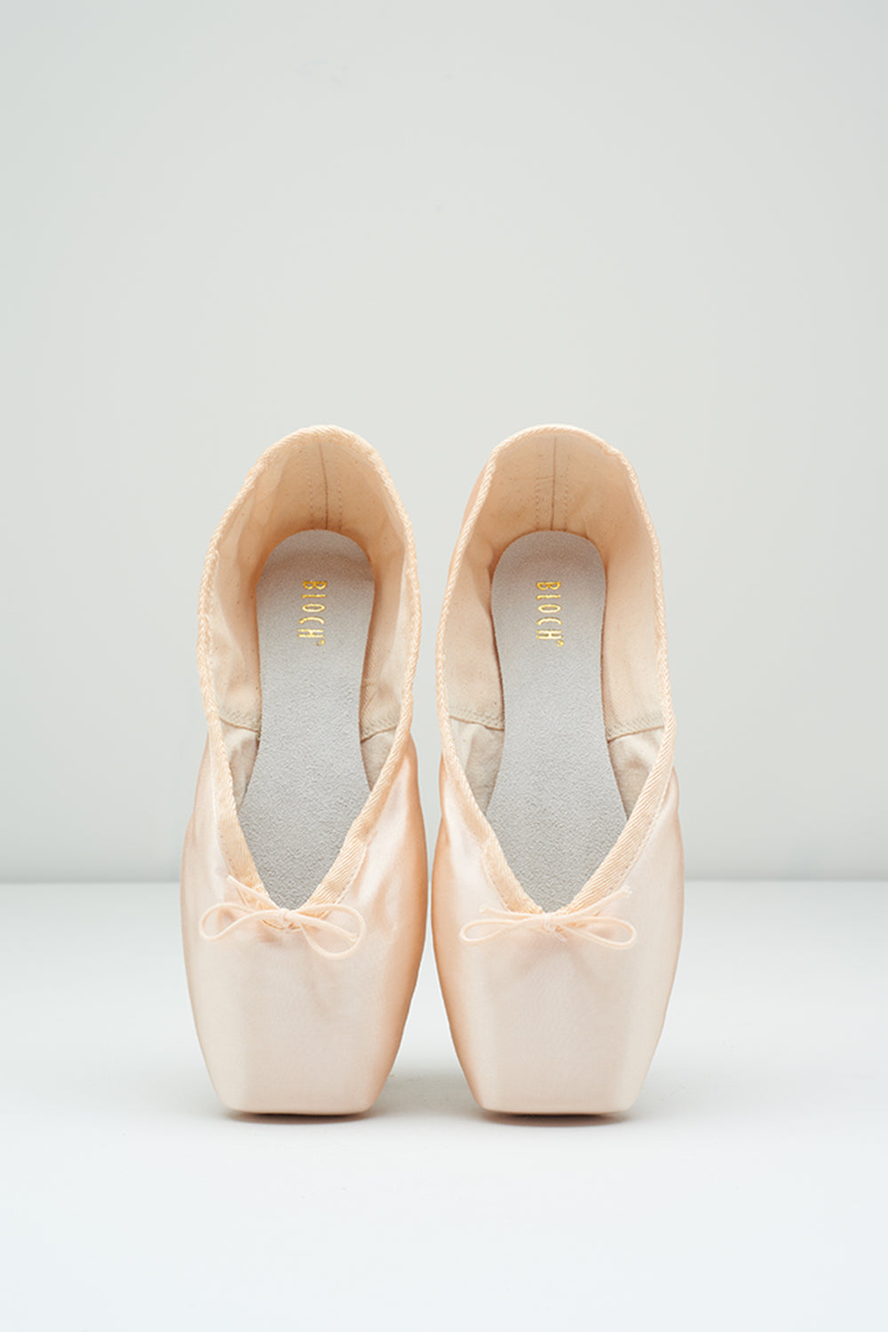 Heritage Long Length Pointe Shoes - BLOCH US