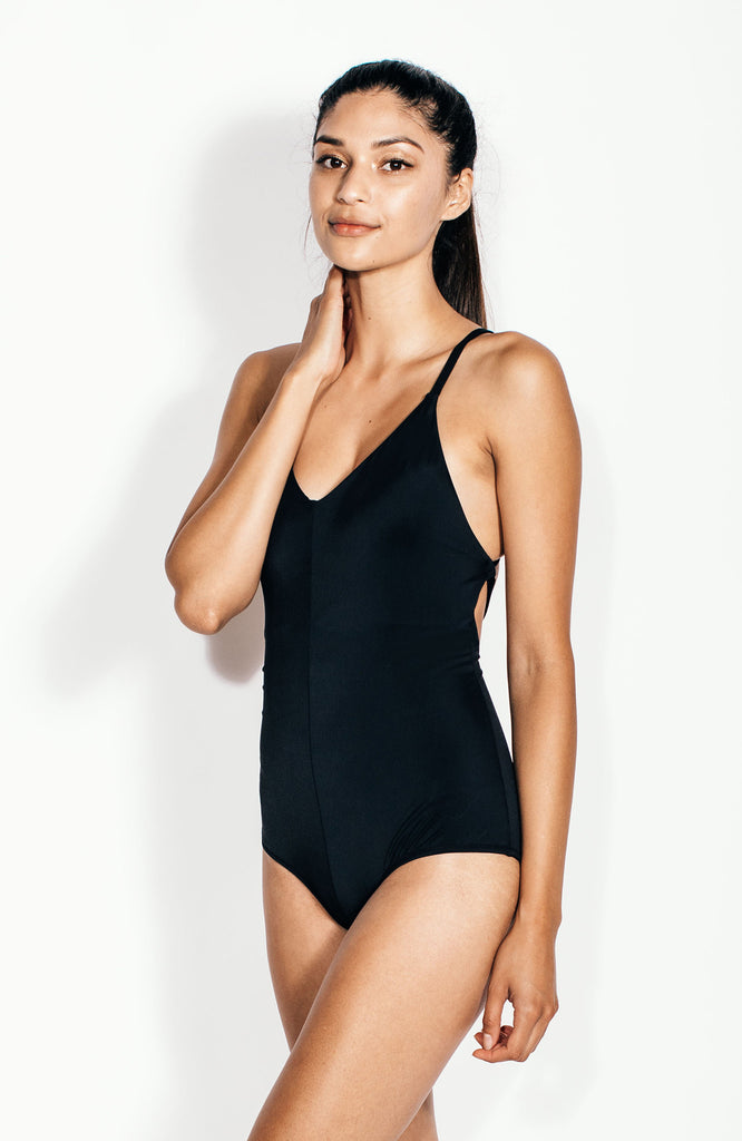 Terese Maillot in Onyx