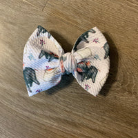 Piggy Little Bow on Nylon