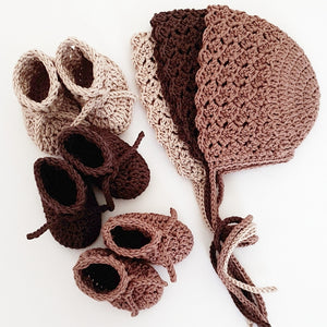 3-baby-bonnets-and-3-knitted-booties