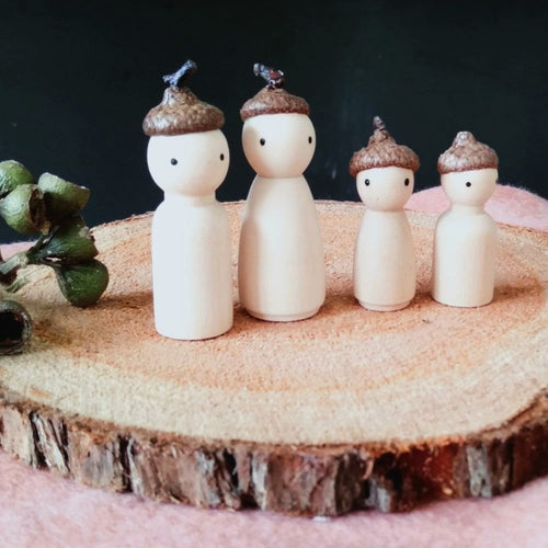 wooden-fairy-family-oak-folk