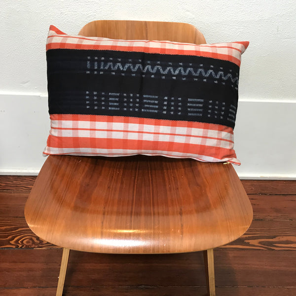 Petel Patterned Pillow