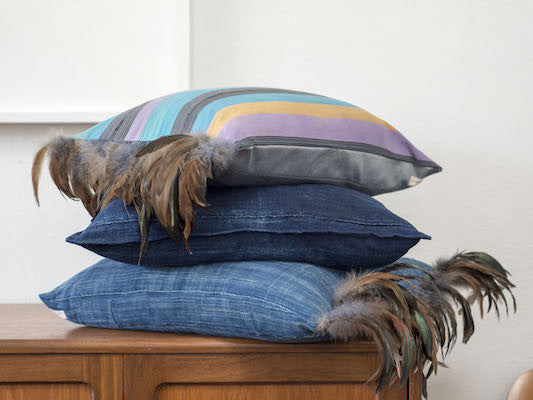 Petel Pillow - Indigo with Feathers