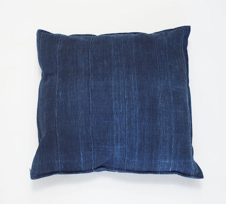 Petel Pillow (Indigo)