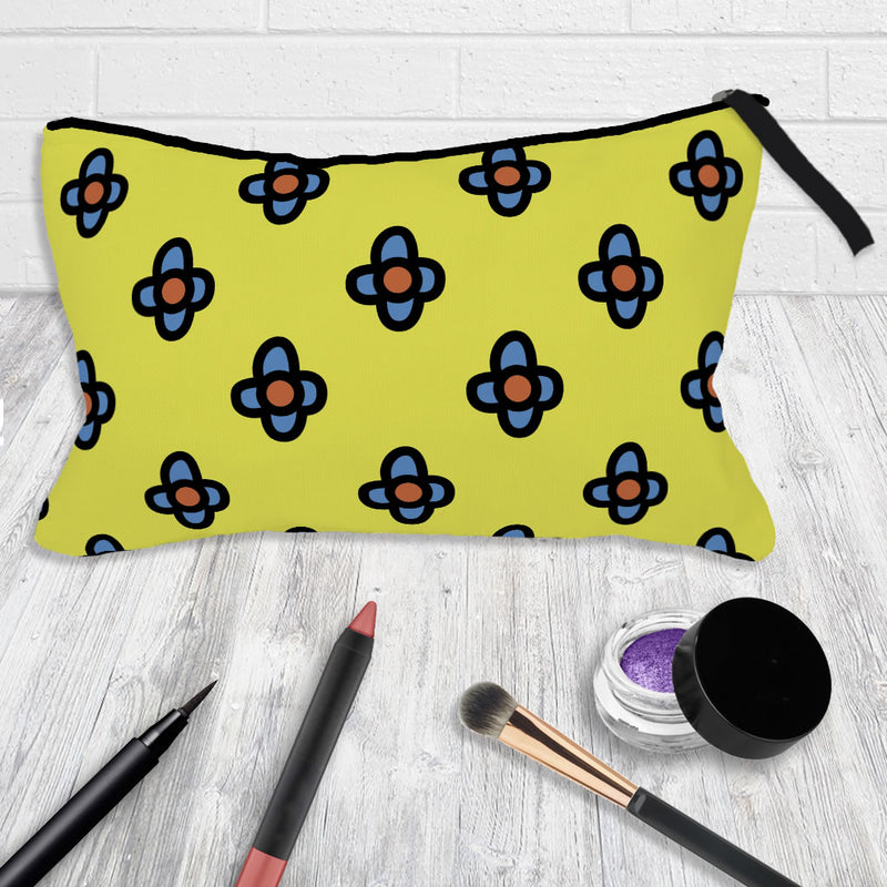 Retro Yellow Flowers Make-Up Bag