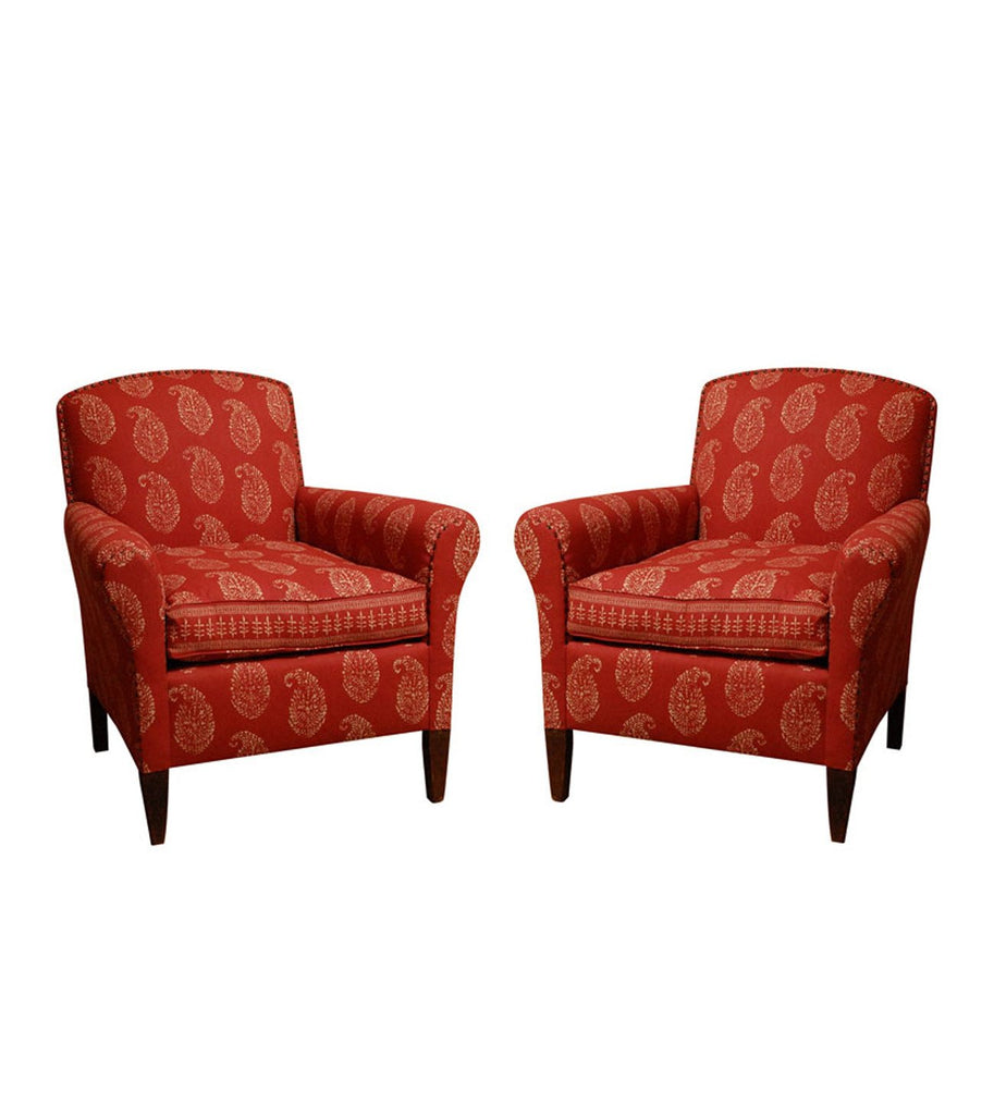 Our Hemingway Armchair, inspired by a vintage piece our founder Peter Dunham found, is a classic piece perfect in a living room or as an accent chair in any room. It has a relatively petite footprint while still being very comfortable. This chair is available COM and includes brass nail head details along the perimeter of the seat back and arms.