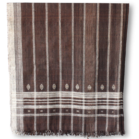 Hollywood at Home founder Peter Dunham worked with Indian hand weavers to create our 100% wool embroidered bedcovers. The brown blanket's generous scale is perfect for easily dressing a queen or king bed. They also work beautifully as curtains, Roman shades, and even upholstery
