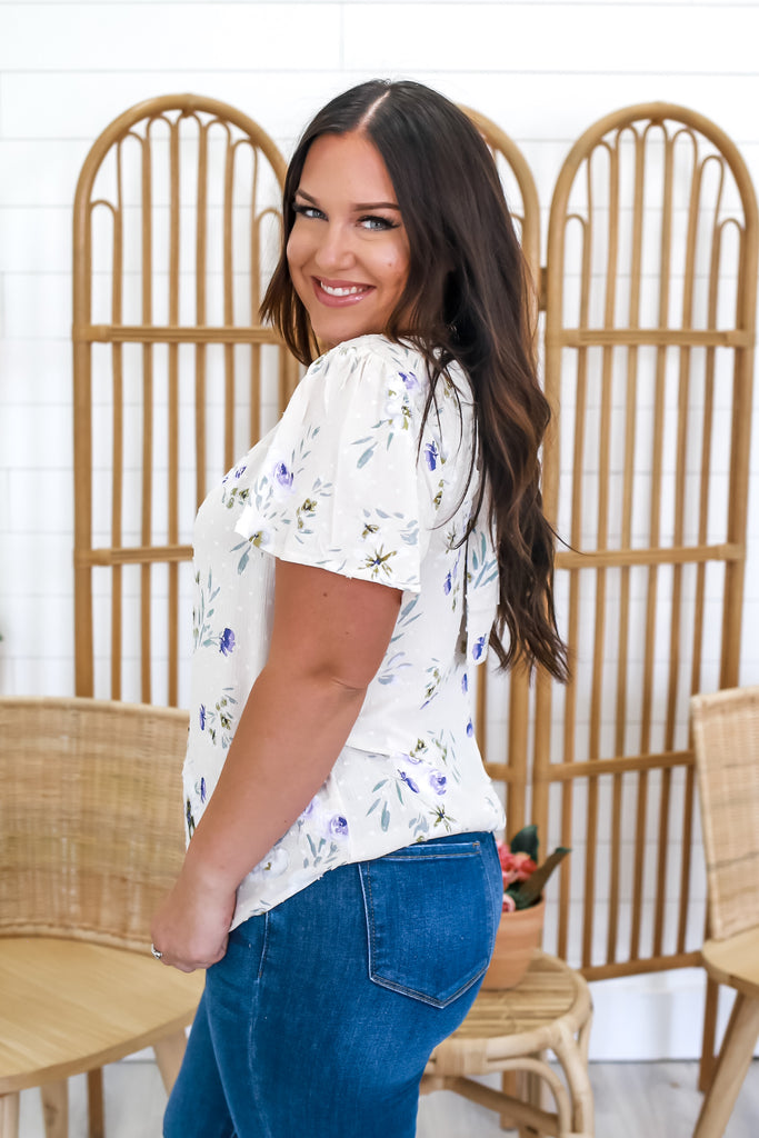 Short Sleeve Floral Top | Stylish & Affordable | UOI Online