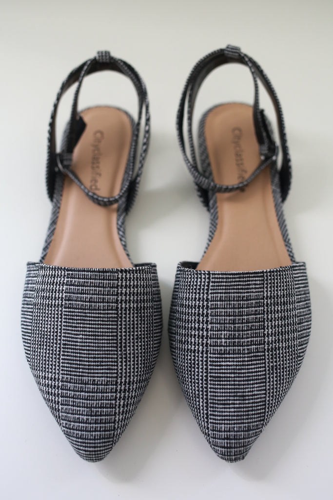 Pointed Toe Flats | Stylish & Affordable | UOI Online