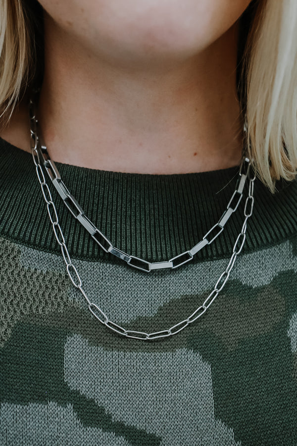 Oval Chain-Link Layered Necklace | Stylish & Affordable | UOI Online