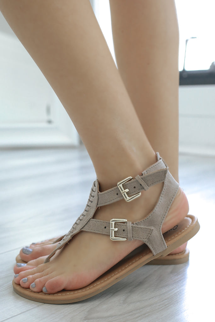 ARCHER-506 Faux Leather Sandals - Online Clothing Boutique