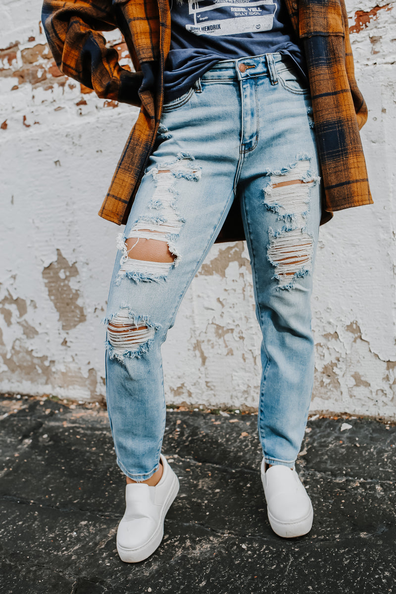 Distressed Boyfriend Judy Blue Denim | Stylish & Affordable | UOI Online