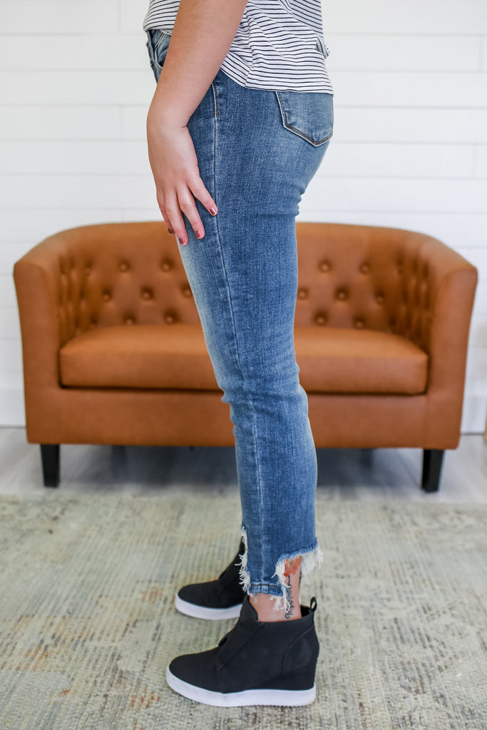 Mid Rise Distressed Ankle Denim | Stylish & Affordable | UOI Online
