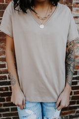 Raw Hem Short Sleeve V-Neck Tee | Stylish & Affordable | UOI Online