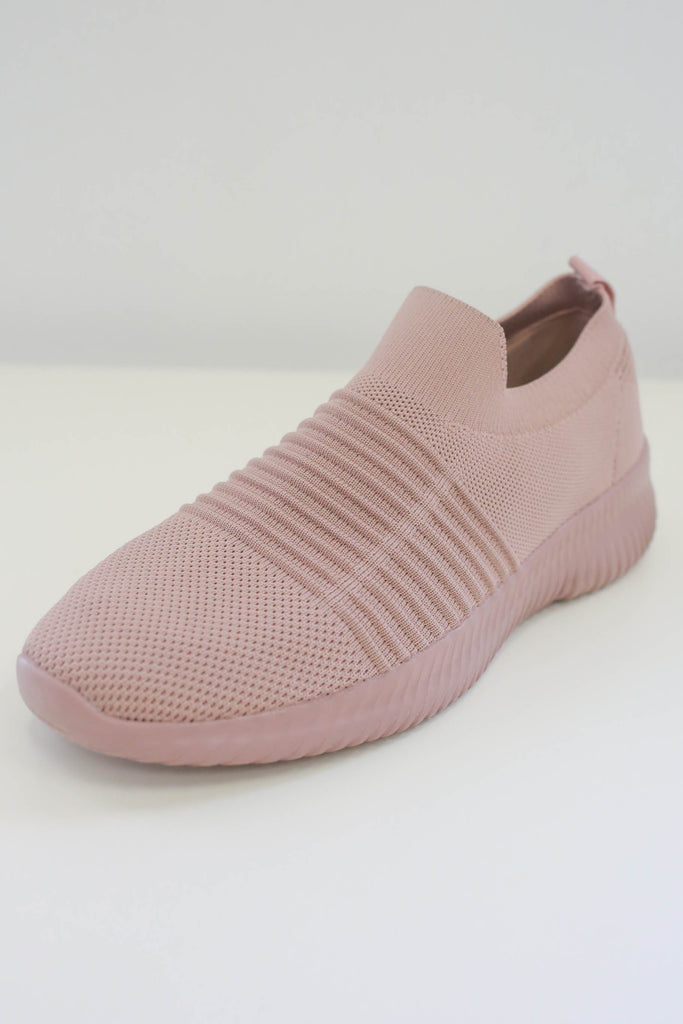 TRIAD-01 Sneakers - Online Clothing Boutique