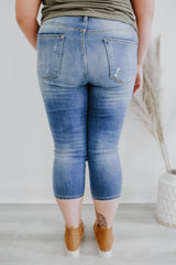 Plus Mid Rise Distressed Denim Capris | Stylish & Affordable | UOI Online