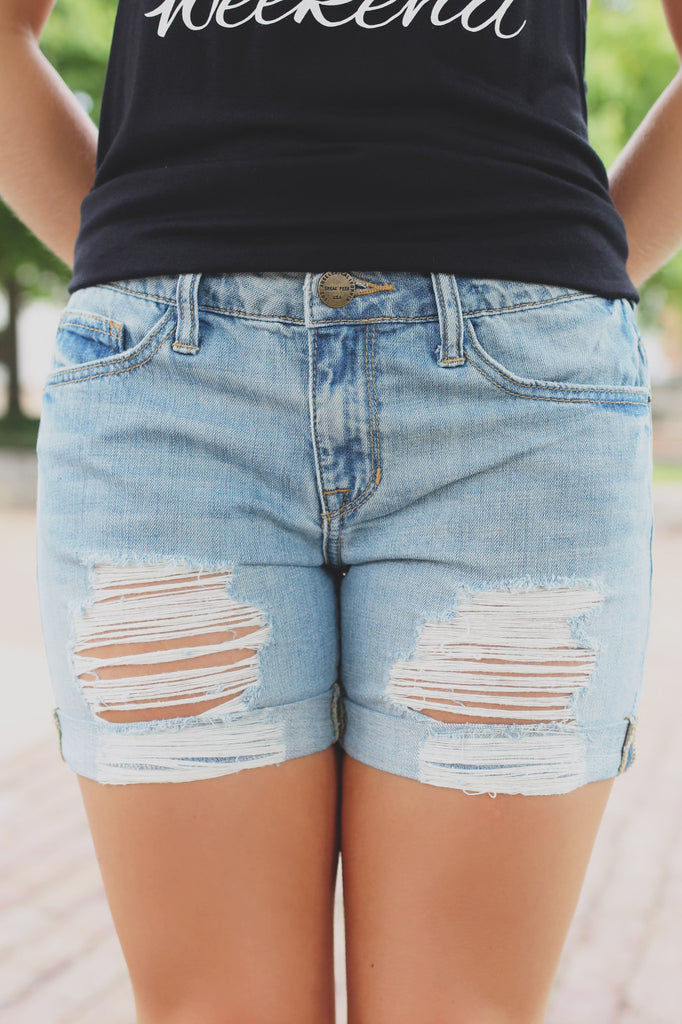 Distressed Cuffed Hem Relaxed Boyfriend Fit Shorts