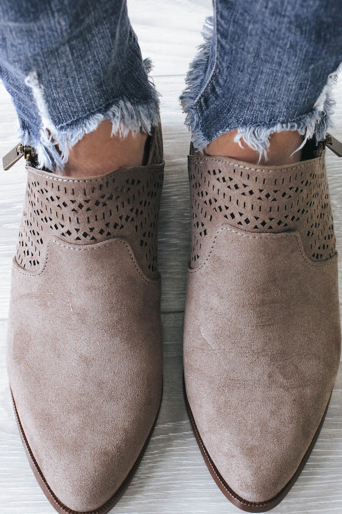 RAGER-09X Pointed Toe Ankle Booties - Online Clothing Boutique
