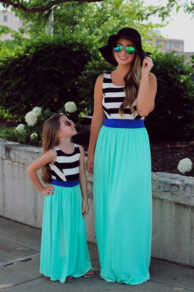 Kids Black & White Striped Top Solid Skirt Maxi