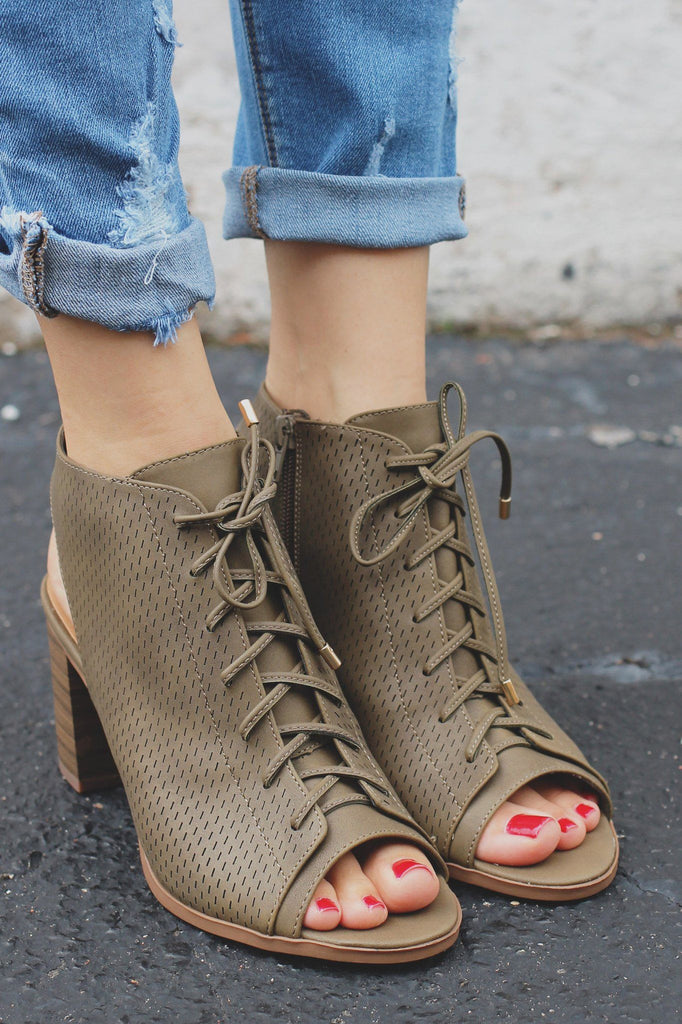 Olive Ankle Cutout Lace Up Perforated Booties Wallet-H