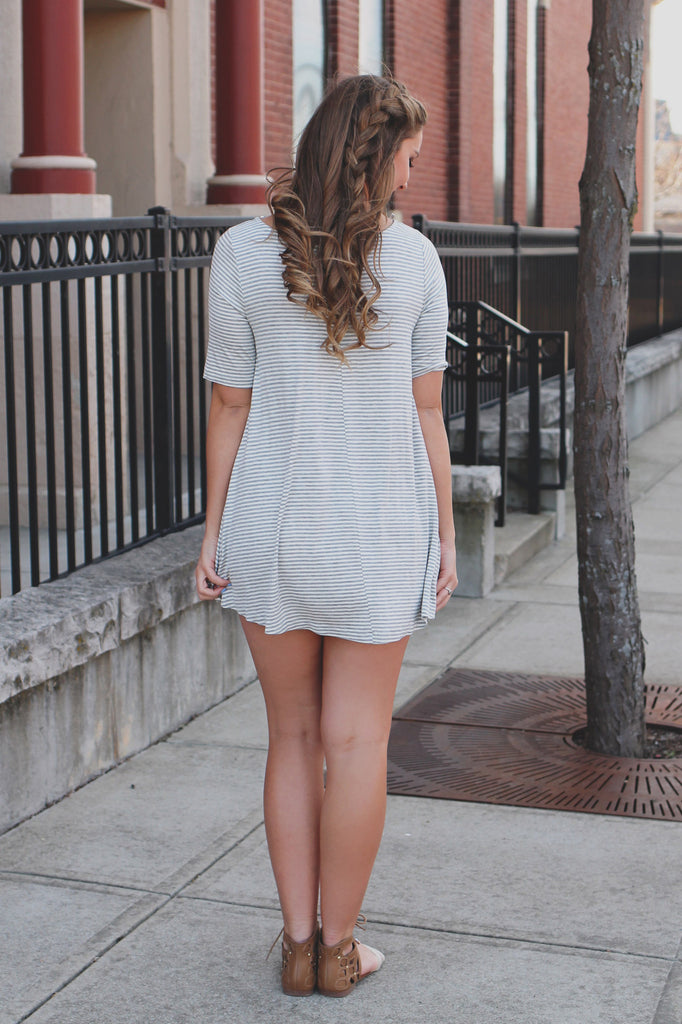 Stripe Short Sleeve Round Neck Stretchy Knit Dress