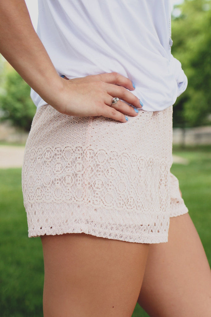 High Elastic Waist Fully Lined Lace Shorts