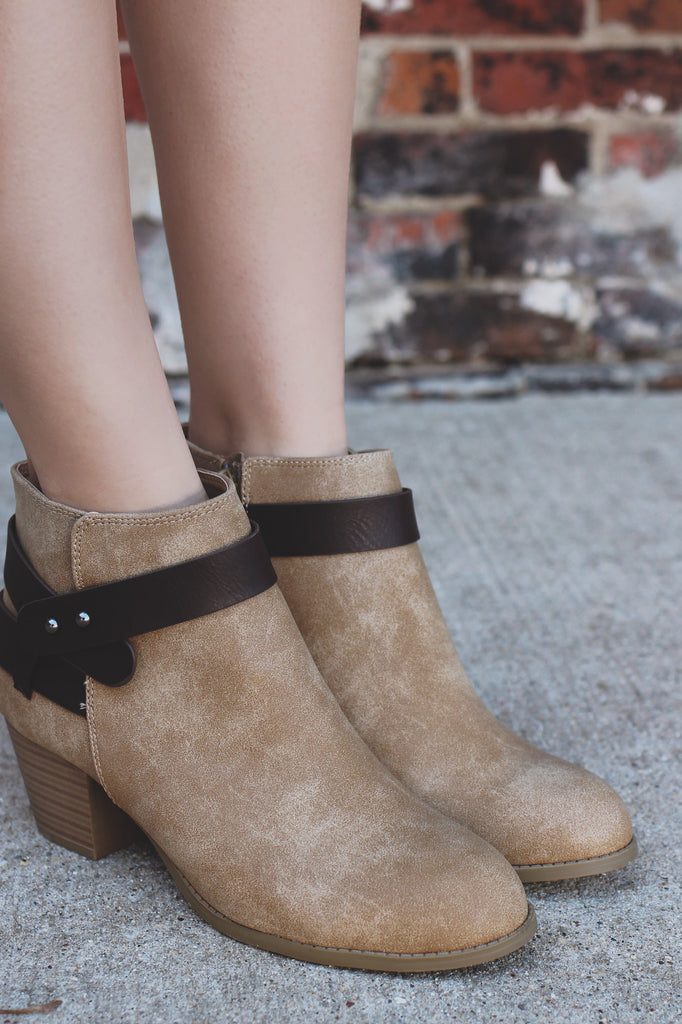 Two Tone Accent Wrap Chunky Heel Ankle Bootie Bevan- H