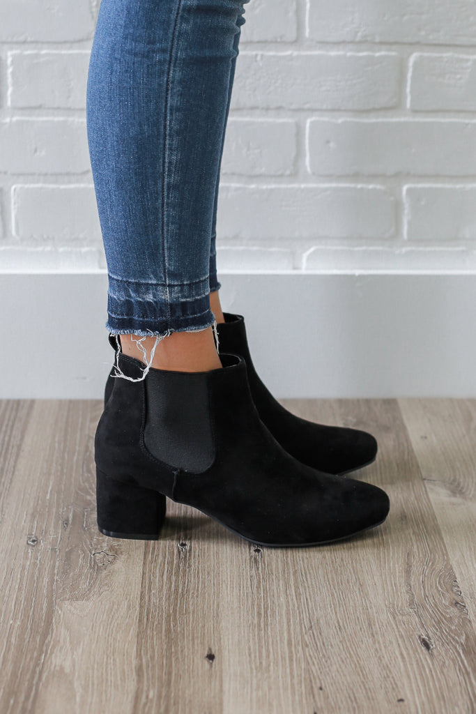 Wenona-04 Faux Suede Ankle Booties - Online Clothing Boutique