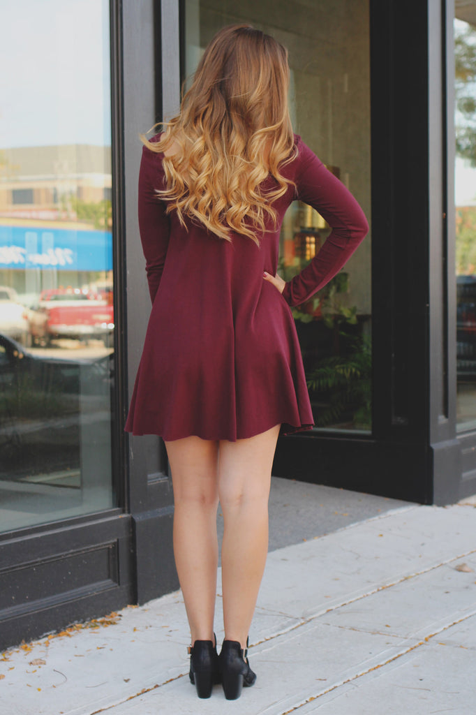 Maroon Long Sleeve Wide Round Neck Shift Dress