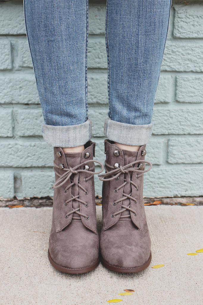 Faux Suede Round Toe Lace Up Front Ankle Booties Lurk