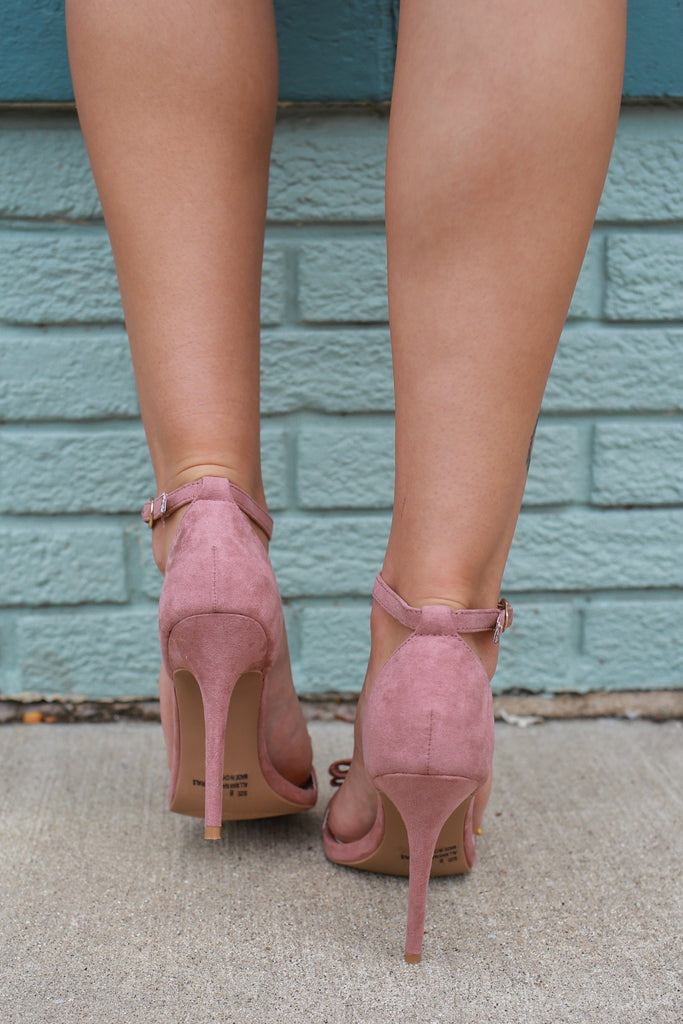 Ara-245 Bow Heels - Online Clothing Boutique