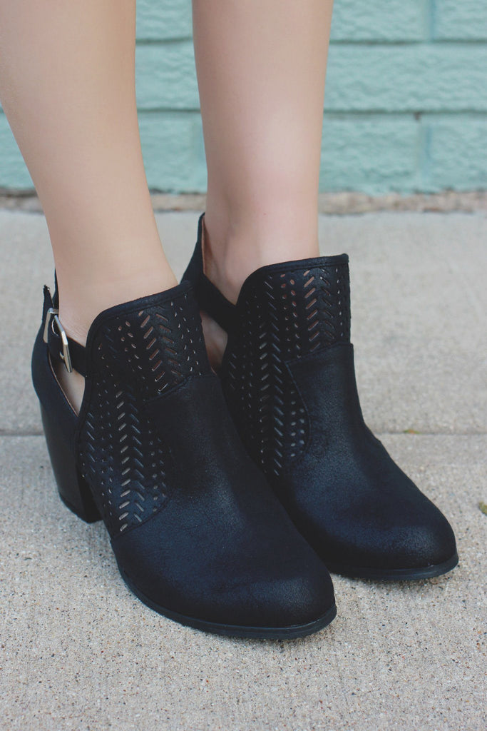 Black Round Toe Cut Out Perforated Booties Maze-125
