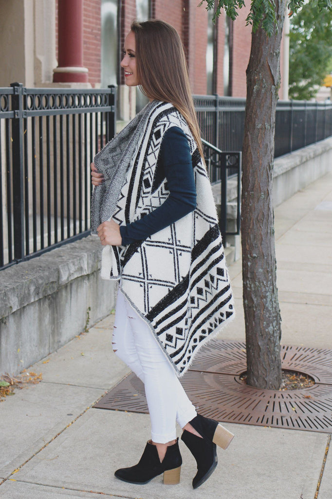Black Soft Patterned Eyelash Shawl Vest
