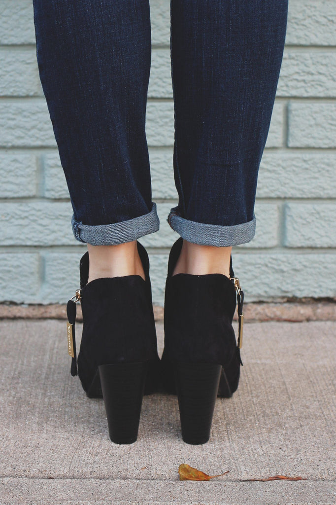 Black Round Toe Zipper Accent Ankle Booties gina-31