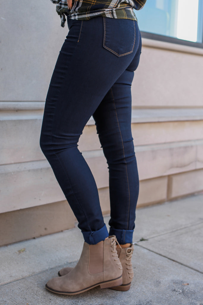 Dark Wash Jeggings - Online Clothing Boutique