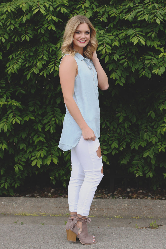 Sleeveless Button Down Back Slit Collared Chambray Top