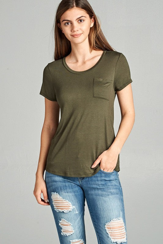 Basic Pocket Tee - Online Clothing Boutique