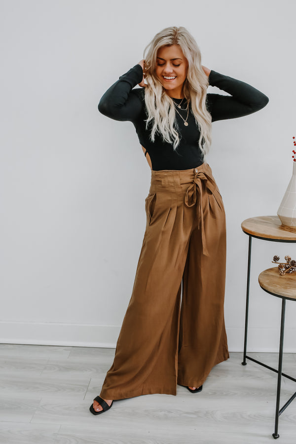 High Rise Wide Leg Pleated Pants | Stylish & Affordable | UOI Online