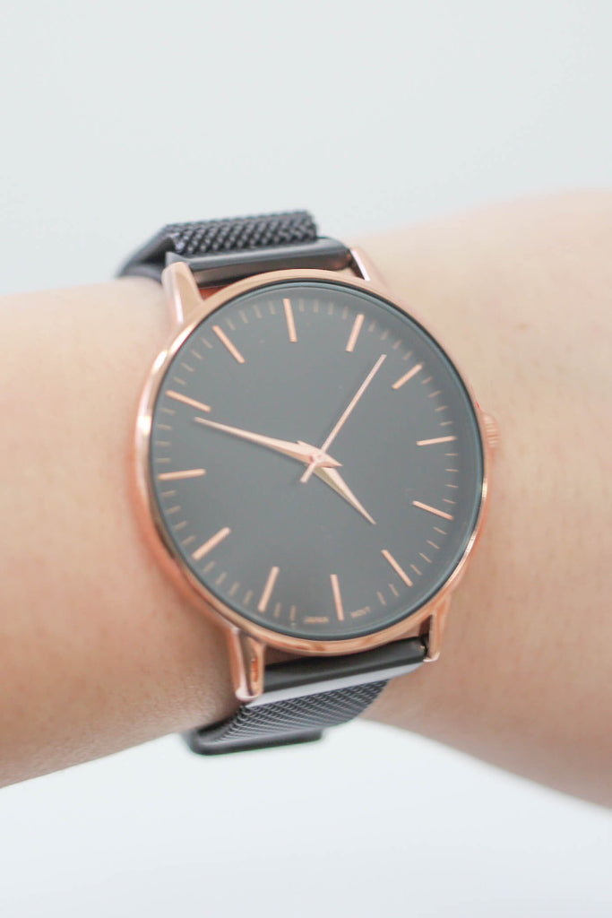 Magnetic Watch - Online Clothing Boutique