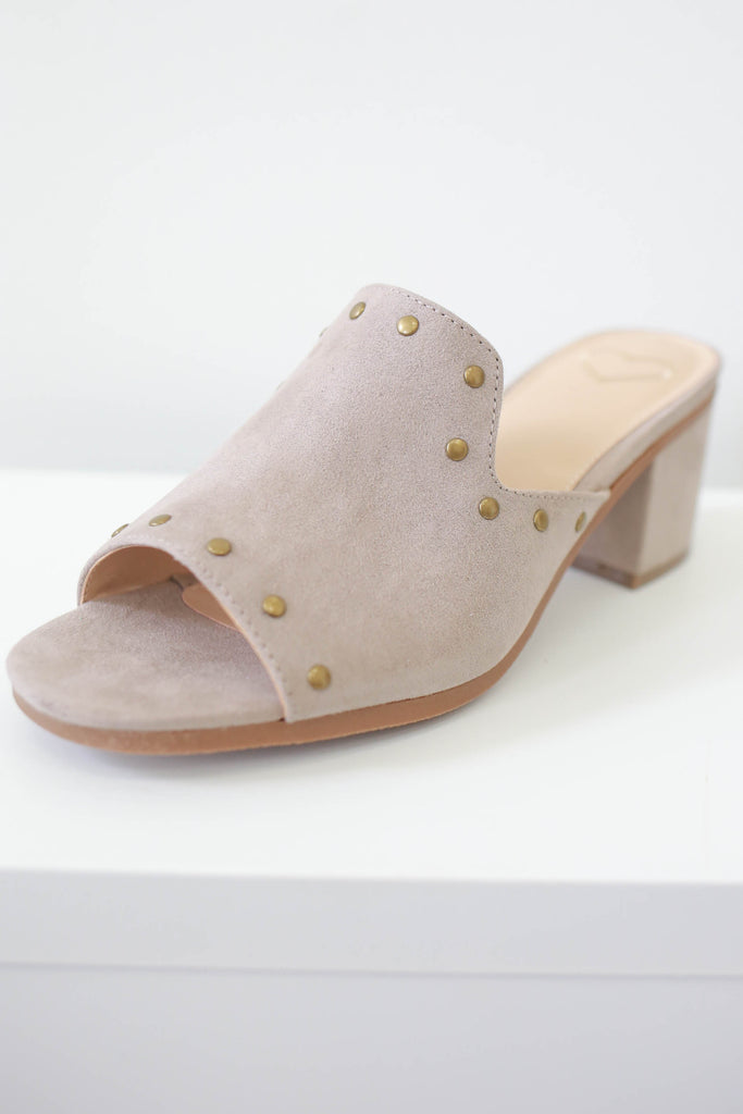 BOSSY Open Toed Mules - Online Clothing Boutique