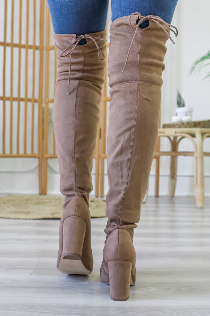 Over The Knee Boots | Stylish & Affordable | UOI Online