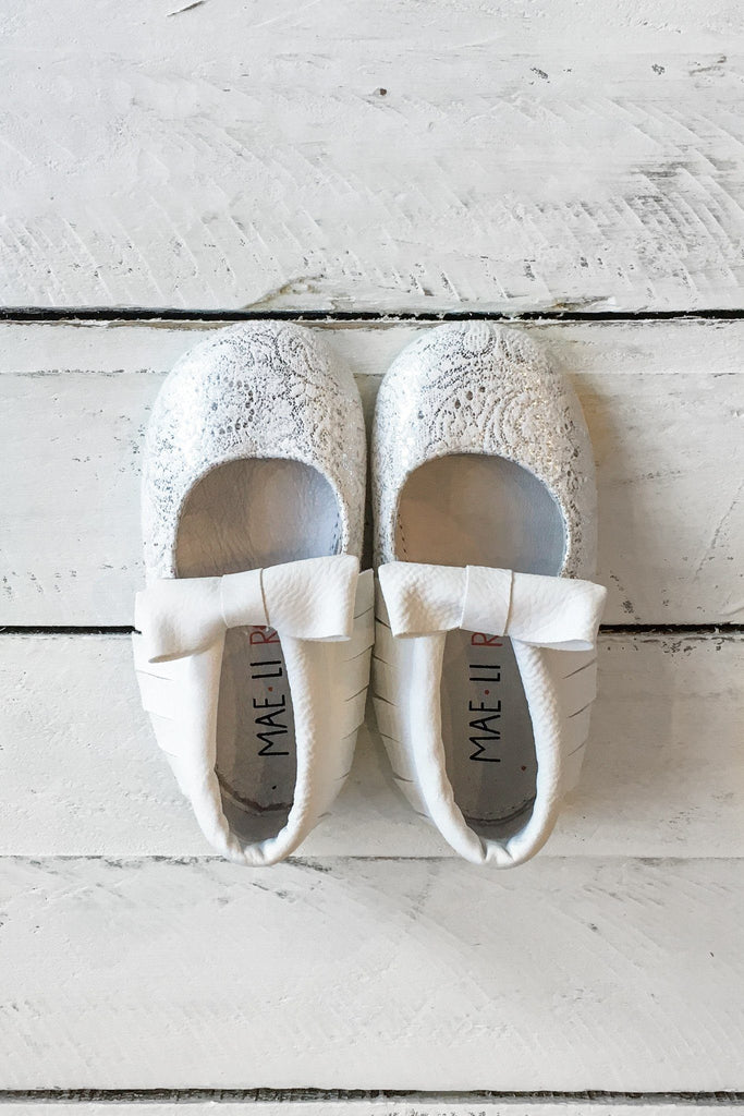 Silver Fabric Fringe Bow Accent Flats