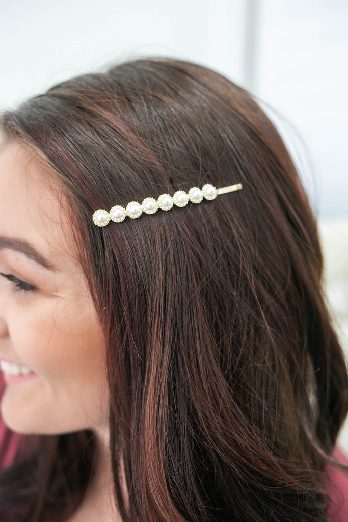 Pearl Bobby Pin | Stylish & Affordable | UOI Online