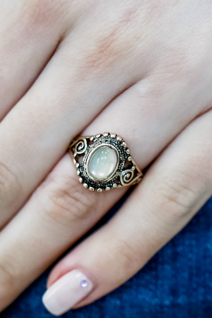Vintage Inspired Ring | Stylish & Affordable | UOI Online